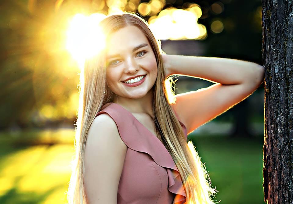 Appleton Makeup Artist- Senior Ava